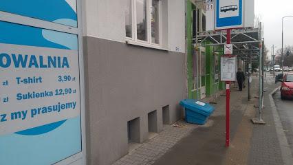 Przystanek autobusowy Malczewskiego 01