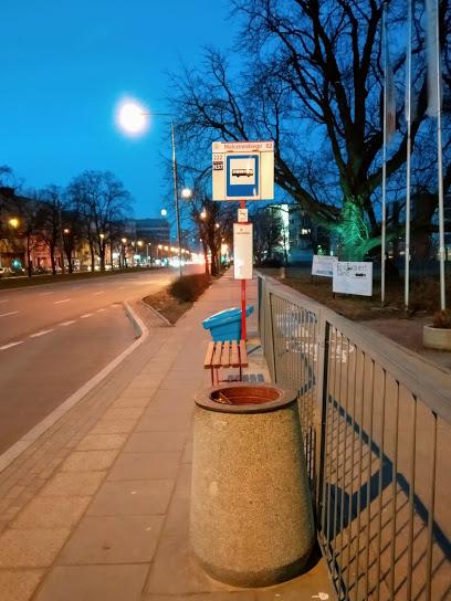 Przystanek autobusowy Malczewskiego 02