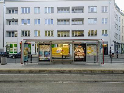 Przystanek tramwajowy Malczewskiego 05